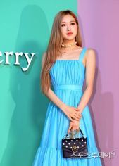 180906 mulberry event - rose_148