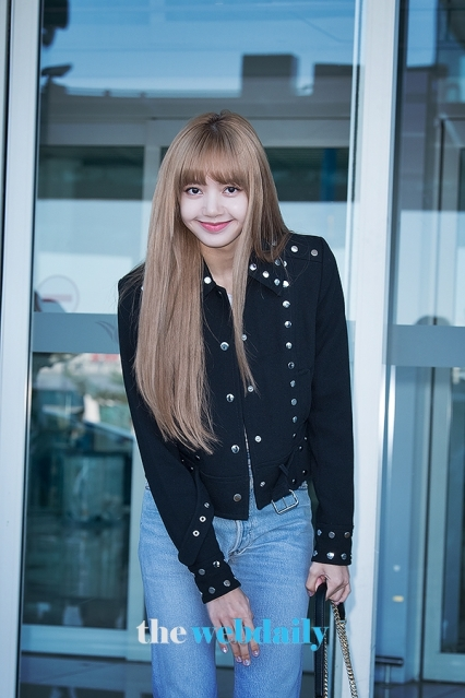 180908 incheon airport lisa_37