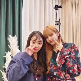 180913 hyeyeon.seong with lisa