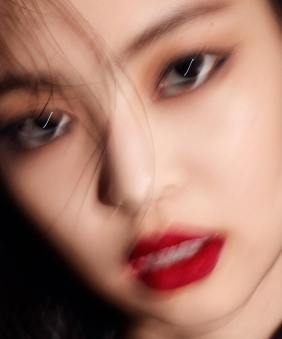 180927 ahnjooyoung_ 4 jennie marie claire chanel 1
