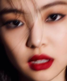 180927 ahnjooyoung_ 4 jennie marie claire chanel 2