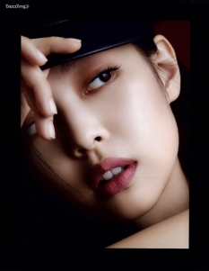 dazzling_bp scan - jennie marie claire oct chanel 7