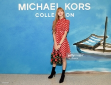 NEW YORK, NY - SEPTEMBER 12: Lisa of Blackpink attends the Michael Kors Collection Spring 2019 Runway Show at Pier 17 on September 12, 2018 in New York City. (Photo by Larry Busacca/Getty Images for Michael Kors)