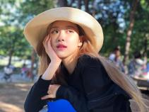 180930 roses_are_rosie Stay 8